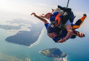 Nick Young, Autoland team member skydiving